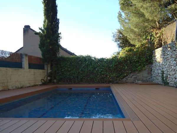 Suelos de madera para terrazas y piscinas